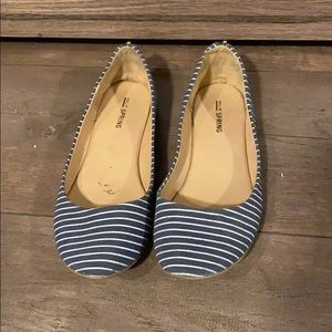 💝2 for 25💝 Call it Spring Flats
